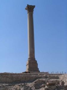 ALEXANDRIE Serapium, zuil van Pompeius