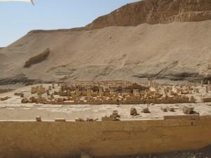 LUXOR Westbank, ruines Montoehotep tempel Deir el Bahari